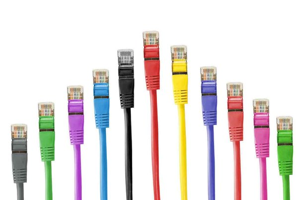 network-cables-494649_1920_1__Q10